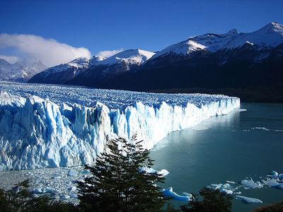 Desktop_perito-moreno-glacier_26