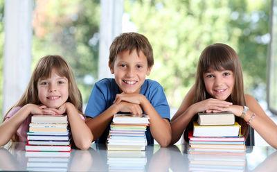 Desktop_school_kids_2