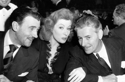 Desktop_greer-garson-at-the-oscars-1942-mrs.-miliver