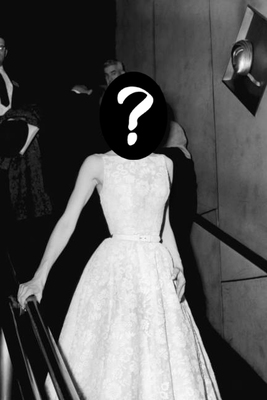 Elle-01-hall-of-fame-audrey-hepburn-givenchy-oscars-1954-xln-lgn