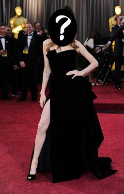 Angelina-jolie-oscars-leg