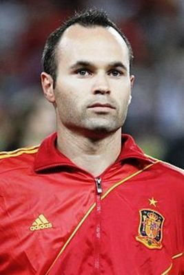 Desktop_230px-andr_s_iniesta_euro_2012_vs_france_01