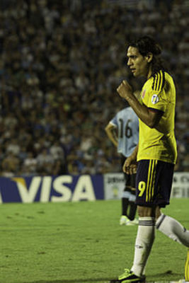 Desktop_220px-radamel_falcao