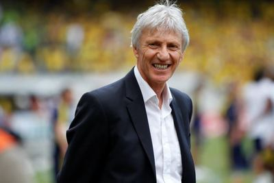 Desktop_jose_pekerman_9