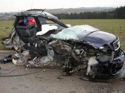 Desktop_acidente-de-carro-15