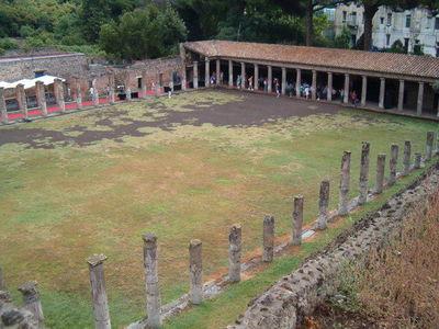 Desktop_pompeii_-_palaestra