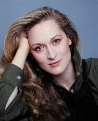 Desktop_meryl_streep_by_jack_mitchell