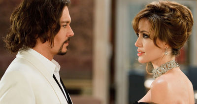 Desktop_angelina-jolie_johnny-depp_thetourist_01