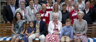 Desktop_25941_familia-real-danesa-recepcion-ofrecida-deportistas-londres-2012_m